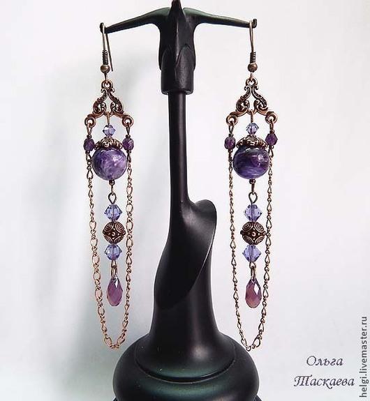 Серьги `Прованс` (длина со швензой - 10 см, материалы: чароит, кристаллы Сваровски) - 900 рублей.