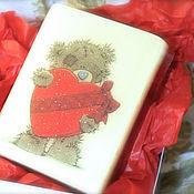 Подарки к праздникам ручной работы. Ярмарка Мастеров - ручная работа Мыло Мишка тедди с сердцем с бантом (в коробочке ручной работы). Handmade.