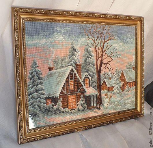 """Пейзаж ручной работы. Ярмарка Мастеров - ручная работа. Купить """"Зимний Вечер"""" вышитая картина. Handmade. Зима, избушка"""