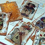 """Подарки к праздникам ручной работы. Ярмарка Мастеров - ручная работа Елочные игрушки """"Колода карт из Алисы"""". Handmade."""