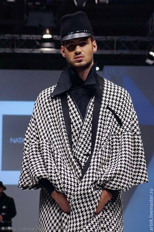 Верхняя одежда ручной работы. Ярмарка Мастеров - ручная работа. Купить Пальто-накидка оригинального кроя в гусиную лапку. Handmade.