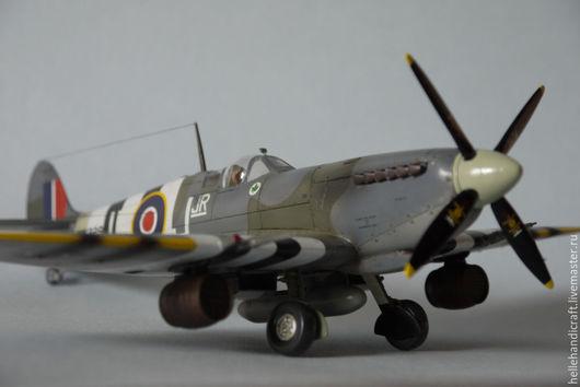Подарки для мужчин, ручной работы. Ярмарка Мастеров - ручная работа. Купить Модель Supermarine Spitfire  Mk.IXс (1/48). Handmade.