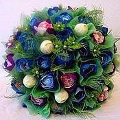 """Цветы и флористика ручной работы. Ярмарка Мастеров - ручная работа Букет из конфет """"Синяя птица"""" круглый шарик. Handmade."""