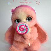 Куклы и игрушки ручной работы. Ярмарка Мастеров - ручная работа Зайка Конфетка, валяная игрушка. Handmade.