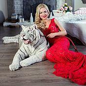 Одежда ручной работы. Ярмарка Мастеров - ручная работа Красное кружевное платье в пол. Handmade.