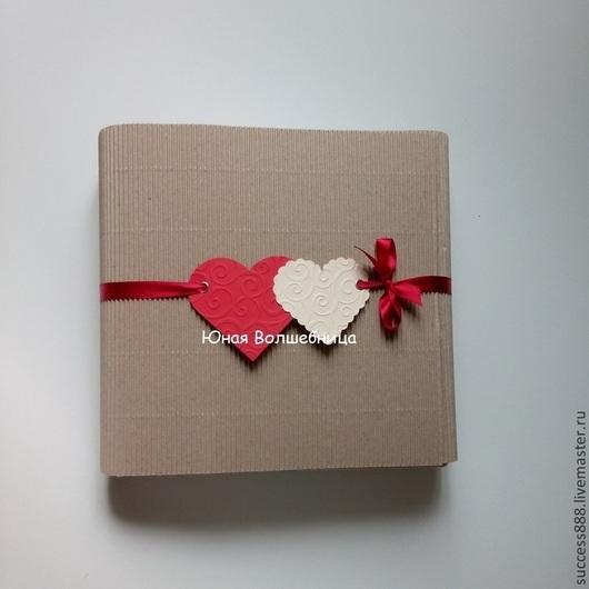 Упаковка для вязанных вещей, оригинальная упаковка, крафт упаковка, микрогофрокартон, эко-стиль, фирменная упаковка, экономичная упаковка