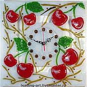 """Для дома и интерьера ручной работы. Ярмарка Мастеров - ручная работа Часы настенные интерьерные """"Вишневый сад"""", фьюзинг. Handmade."""
