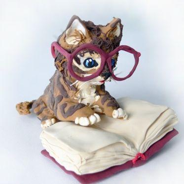 """Игрушки животные, ручной работы. Ярмарка Мастеров - ручная работа. Купить фигурка """"Учёный котёнок"""". Handmade. Кот ученый, кошка"""
