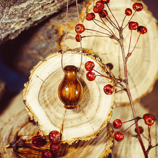 Кулоны, подвески ручной работы. Ярмарка Мастеров - ручная работа. Купить Аромакулон из натурального дерева (Сибирский Кедр)  Ароматерапия  C80. Handmade.