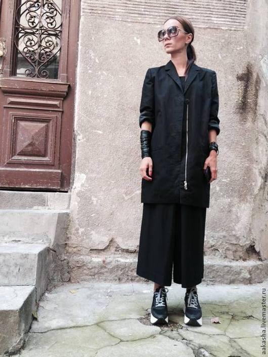 Черный пиджак, пиджак, жакет, пальто.