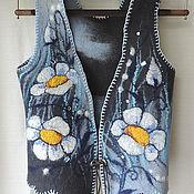 """Одежда ручной работы. Ярмарка Мастеров - ручная работа жилет """" цветы на мокром асфальте"""" 42 размер. Handmade."""