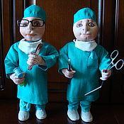 Куклы и игрушки ручной работы. Ярмарка Мастеров - ручная работа Врачи хирурги , куклы из капрона. Handmade.