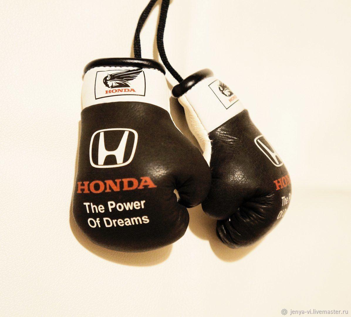 фото боксерских рукавичек прямо