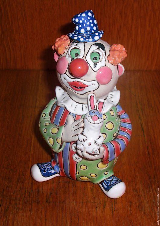 Статуэтки ручной работы. Ярмарка Мастеров - ручная работа. Купить Клоун. Handmade. Керамика, авторская ручная работа, керамическая фигурка
