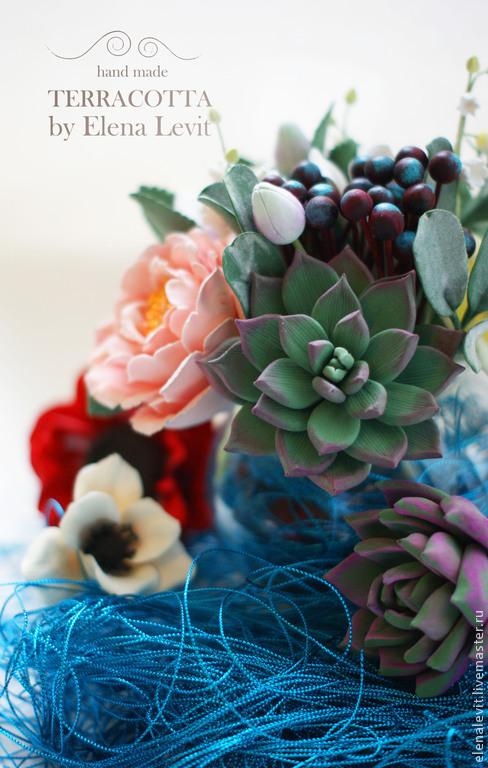 Суккуленты, розы, анемоны. Terracotta by Elena Levit.