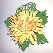 """Украшения ручной работы. Ярмарка Мастеров - ручная работа Брошь """"Светло желтая хризантема"""" из фоамирана. Handmade."""