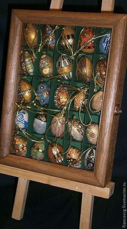 Set of 25 hand painted eggs in Klimt style.  Набор из 25 яиц.