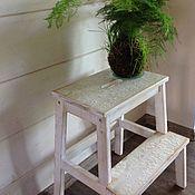 """Для дома и интерьера ручной работы. Ярмарка Мастеров - ручная работа Табурет-стремянка """"Белые цветы"""". Handmade."""