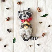 Куклы и игрушки ручной работы. Ярмарка Мастеров - ручная работа Енот сладкоежка. Handmade.
