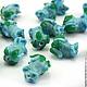 Бусины стеклянные ручной работы в технике лэмпворк | lampwork для сборки украшений  Бусины Цветок из непрозрачного стекла голубого цвета с зелеными листочками в технике лэмпворк Для использования в