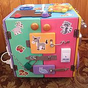 """Куклы и игрушки ручной работы. Ярмарка Мастеров - ручная работа Бизибокс (игровой музыкально-световой куб) """"Час тишины для мамы-1"""". Handmade."""