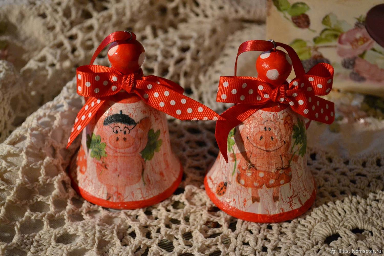 Jingle bells 'Jolly pigs', Kolokolchiki, Moscow,  Фото №1