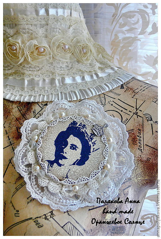 """Броши ручной работы. Ярмарка Мастеров - ручная работа. Купить Брошь """"Моя королева """".. Handmade. Бежевый, синий, Елизавета"""