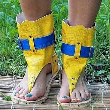 Обувь ручной работы. Ярмарка Мастеров - ручная работа Сандалии высокие из Желтой фактурной кожи Кроко с синим. Handmade.