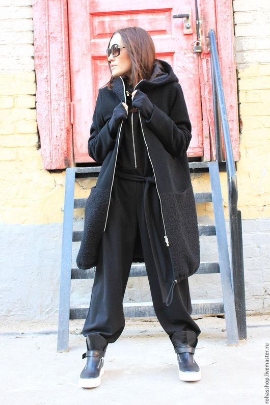 R00047 Пальто стильное пальто теплое уютное пальто шерстяное пальто на подкладе осеннее пальто зимнее пальто пальто теплое черное из букле на молнии модное пальто стильное пальто зимнее пальто