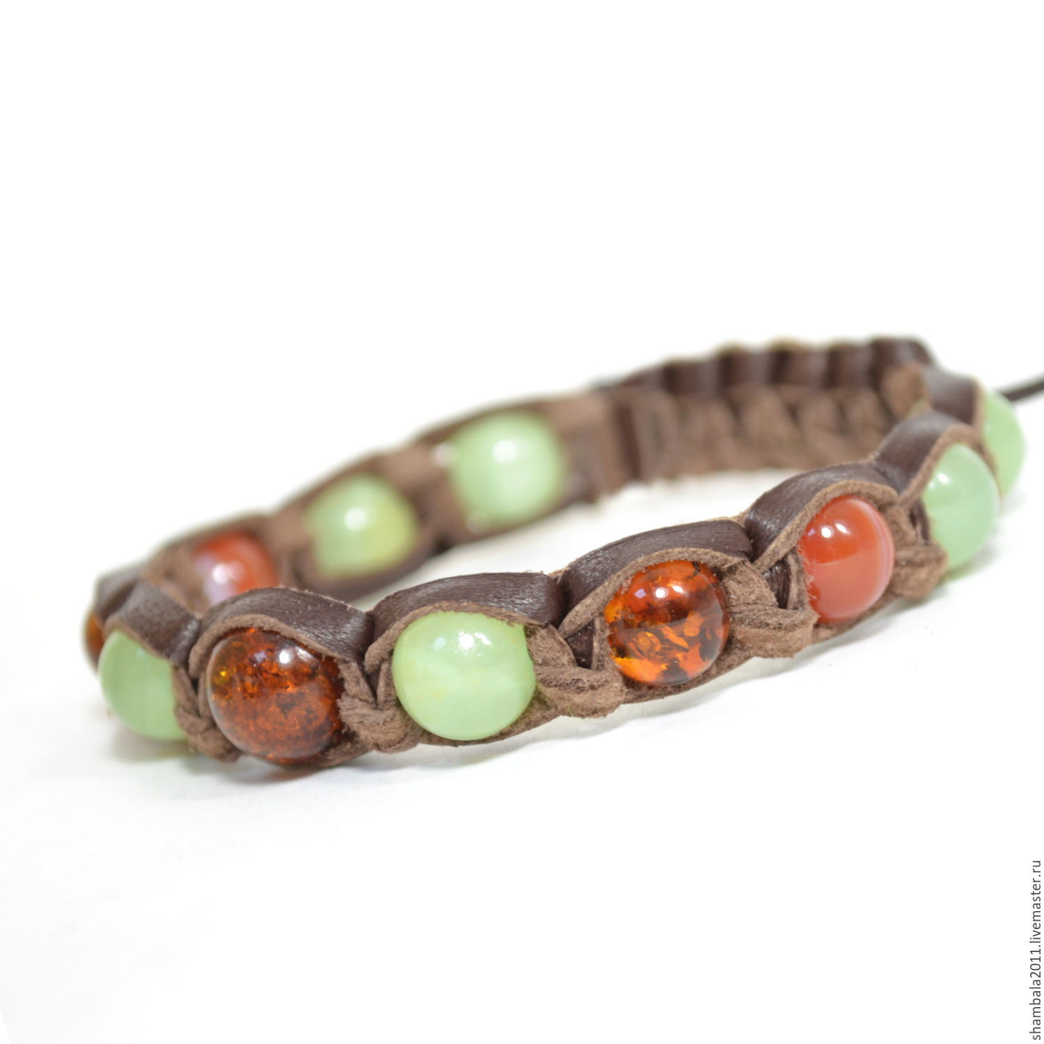 Shamballa bracelet made of leather with amber, onyx and carnelian talisman-a talisman for the zodiac sign Leo.