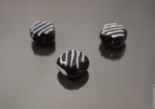 Для украшений ручной работы. Ярмарка Мастеров - ручная работа. Купить Шоколадное пирожное лампворк лэмпворк. Handmade. Лампворк