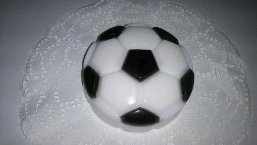Мыло ручной работы. Ярмарка Мастеров - ручная работа. Купить Мыло футбольный мяч. Handmade. Мыло ручной работы, мяч