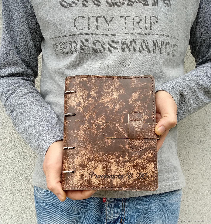 Кожаная потертая тетрадь на кольцах А5 формата, Блокноты, Москва,  Фото №1