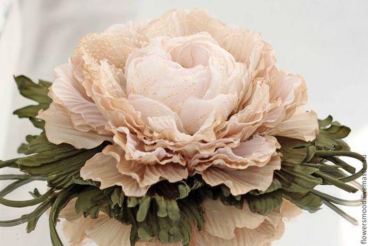 """Цветы ручной работы. Ярмарка Мастеров - ручная работа. Купить Пион """"подарок королеве"""". Handmade. Бежевый, цветы из ткани"""