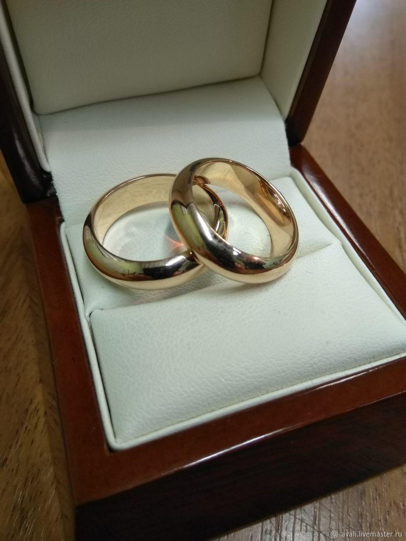 Картинка обручального кольца в коробке настоящую популярность