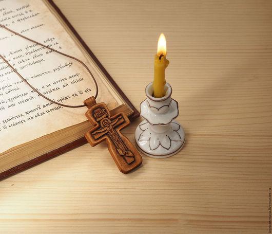 `Свияжск` - деревянный резной нательный крест-распятие. Крест из дерева. Деревянный крест. Крест резной. Кипарисовый крест. Крест из кипариса.