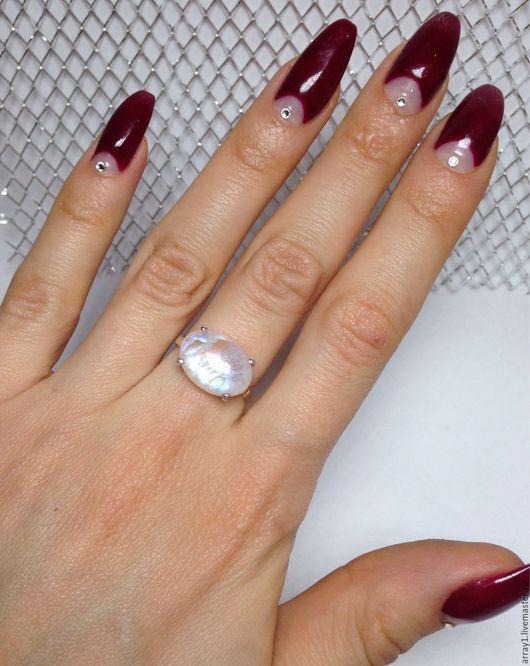 Кольца ручной работы. Ярмарка Мастеров - ручная работа. Купить Кольцо с лунным камнем. Handmade. Натуральные камни, голубой, адуляр