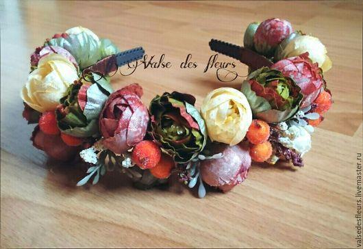 Диадемы, обручи ручной работы. Ярмарка Мастеров - ручная работа. Купить Ободок из цветов и ягод. Handmade. Комбинированный, ободок для девушки