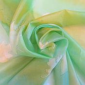 Аксессуары ручной работы. Ярмарка Мастеров - ручная работа Платок шелковый Весеняя зелень. Handmade.