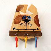 Для дома и интерьера ручной работы. Ярмарка Мастеров - ручная работа Настенная деревянная ключница Дружок с ошейником. Handmade.