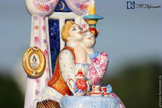 Фарфоровая статуэтка `Чай чаёчек`.  Скульптор Щербина В.И. Авторская роспись Юлии Красной. Киевский фарфор. Ручная авторская роспись по фарфору.