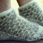 Аксессуары ручной работы. Ярмарка Мастеров - ручная работа Тапки-носки из собачьей шерсти+лен. Handmade.