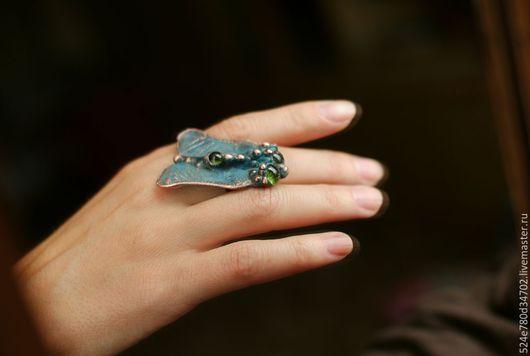"""Кольца ручной работы. Ярмарка Мастеров - ручная работа. Купить """"МУХА"""". Handmade. Коричневый, гальваника, кольцо, медь, стеклянные глазки"""