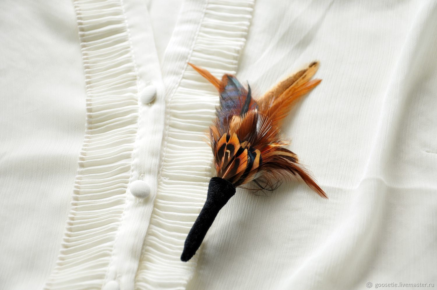 Boutonniere with feathers of a rooster, Butterflies, Sochi,  Фото №1