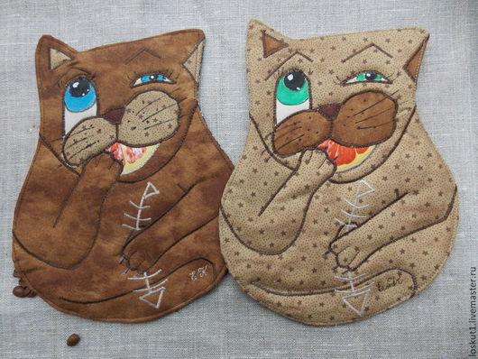 Декоративная кухонная прихватка с прикольными котами