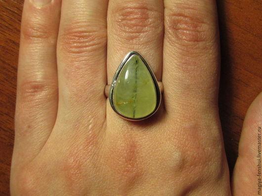 кольцо №3 размер 17.5 размер камня 12*18