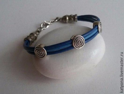 """Браслеты ручной работы. Ярмарка Мастеров - ручная работа. Купить Кожаны браслет """"Helix"""". Handmade. Синий, кожа натуральная"""