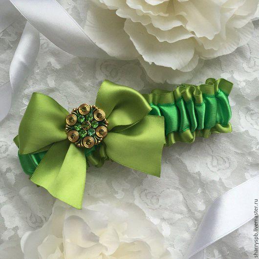 Одежда и аксессуары ручной работы. Ярмарка Мастеров - ручная работа. Купить Подвязка невесты ярко-зеленого цвета. Handmade. Зеленый