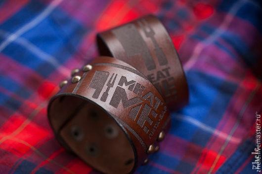 Браслеты ручной работы. Ярмарка Мастеров - ручная работа. Купить Кожаный браслет с Вашим логотипом. Handmade. Коричневый, кожа, гравировка