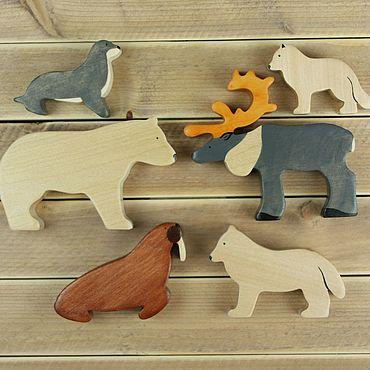 Куклы и игрушки ручной работы. Ярмарка Мастеров - ручная работа Полярный животные. Набор деревянных игрушек. Handmade.